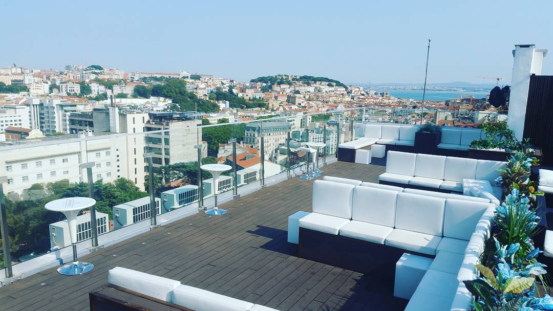 Level Eight o novo rooftop de Lisboa com sunsets